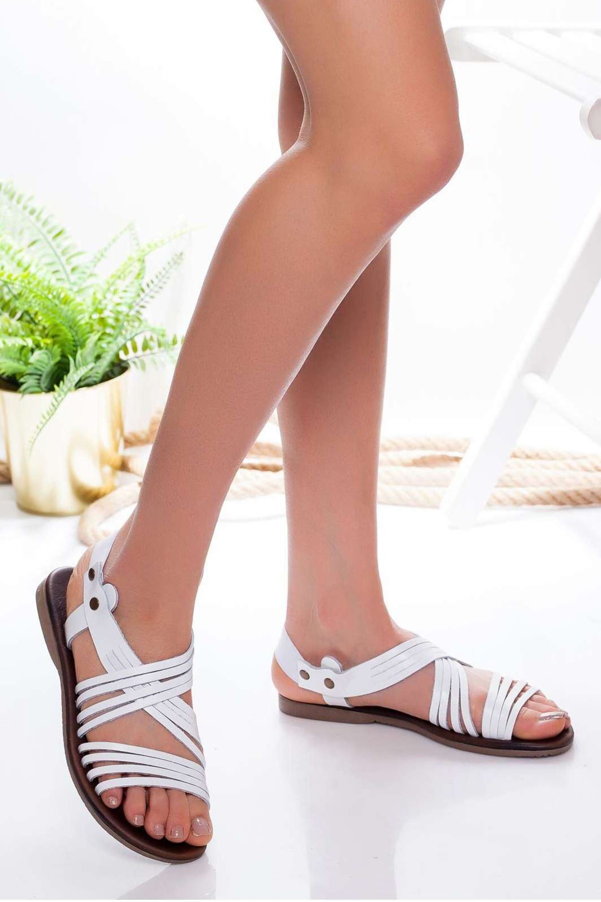 Adie Hakiki Deri Sandalet BEYAZ