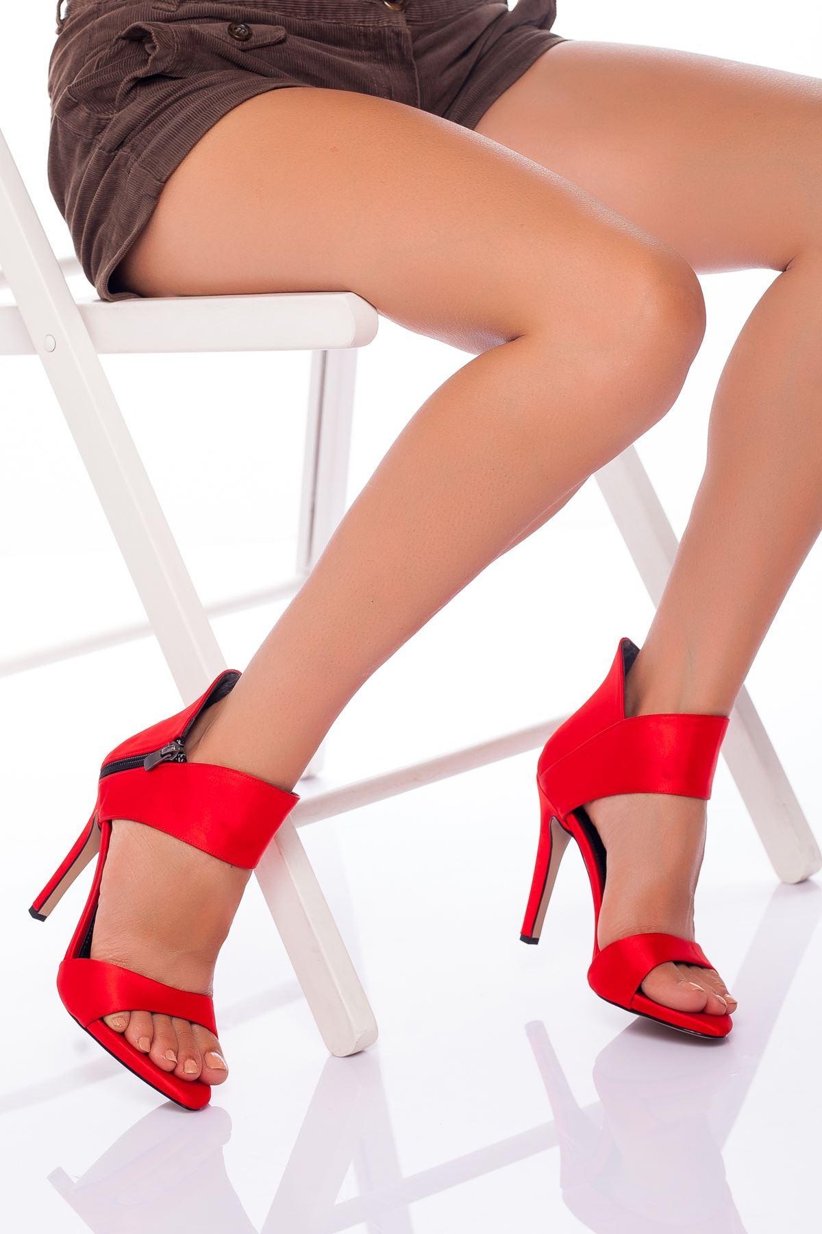 Frida Saten Topuklu Ayakkabı KIRMIZI