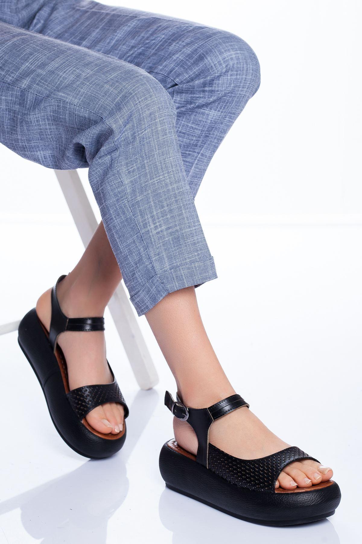 Mia Hakiki Deri Sandalet SIYAH