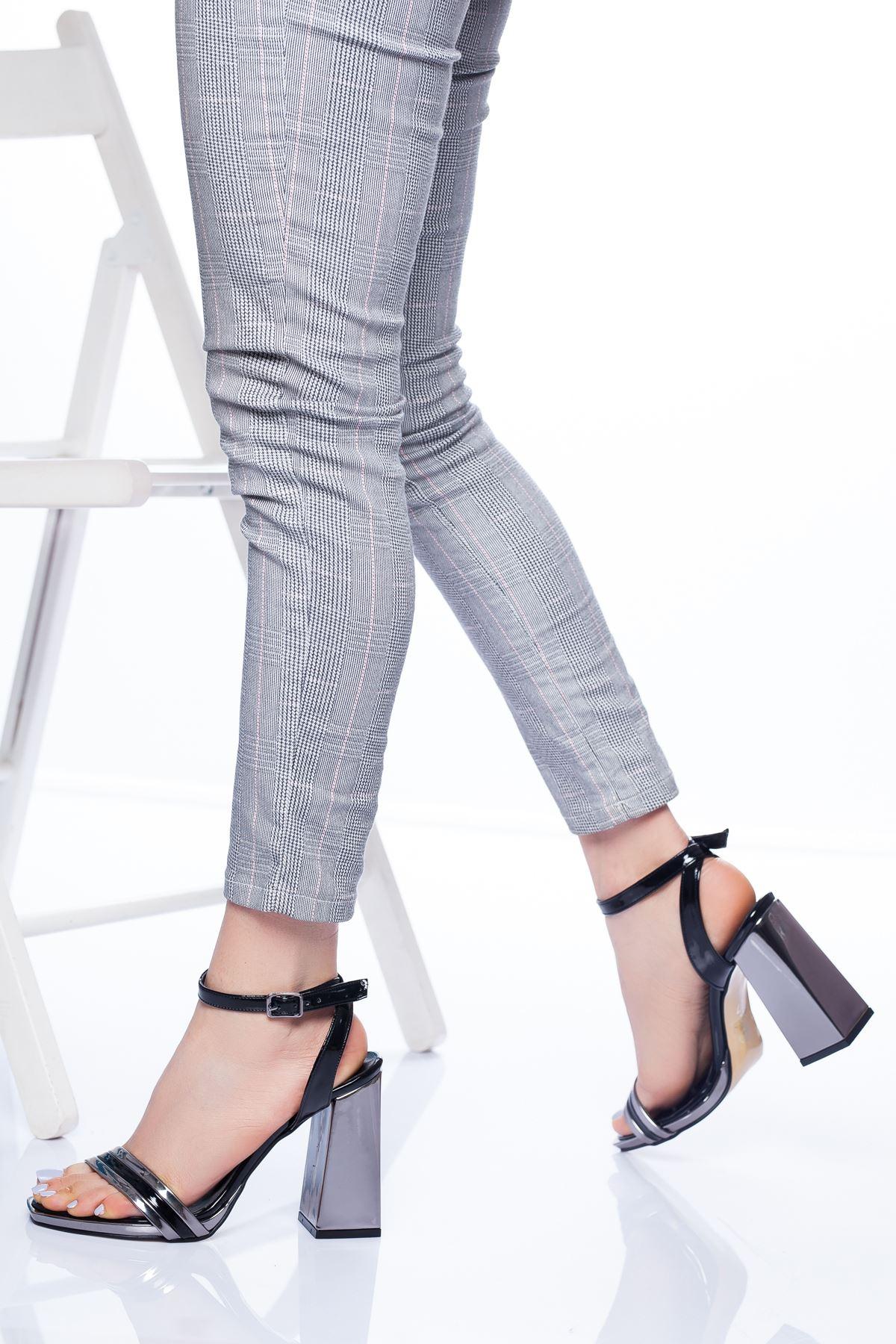 Paris Topuklu Ayakkabı SİYAH-PLATİN