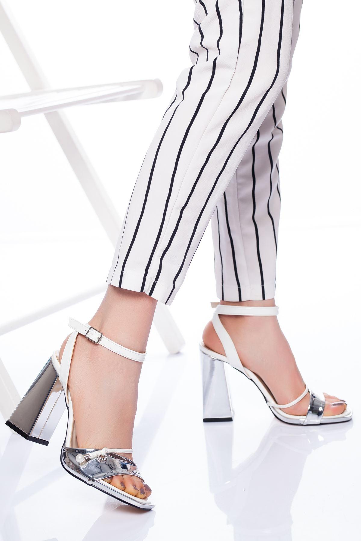 Doyle Topuklu Ayakkabı GÜMÜŞ