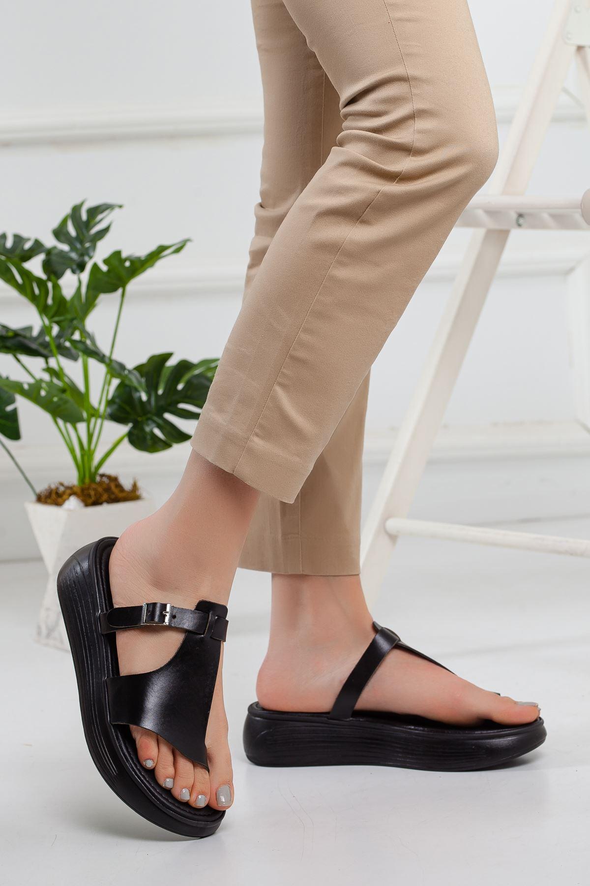 Cora Hakiki Deri Sandalet SIYAH