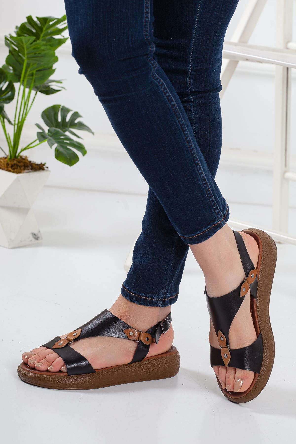 Ovve Deri Sandalet SIYAH
