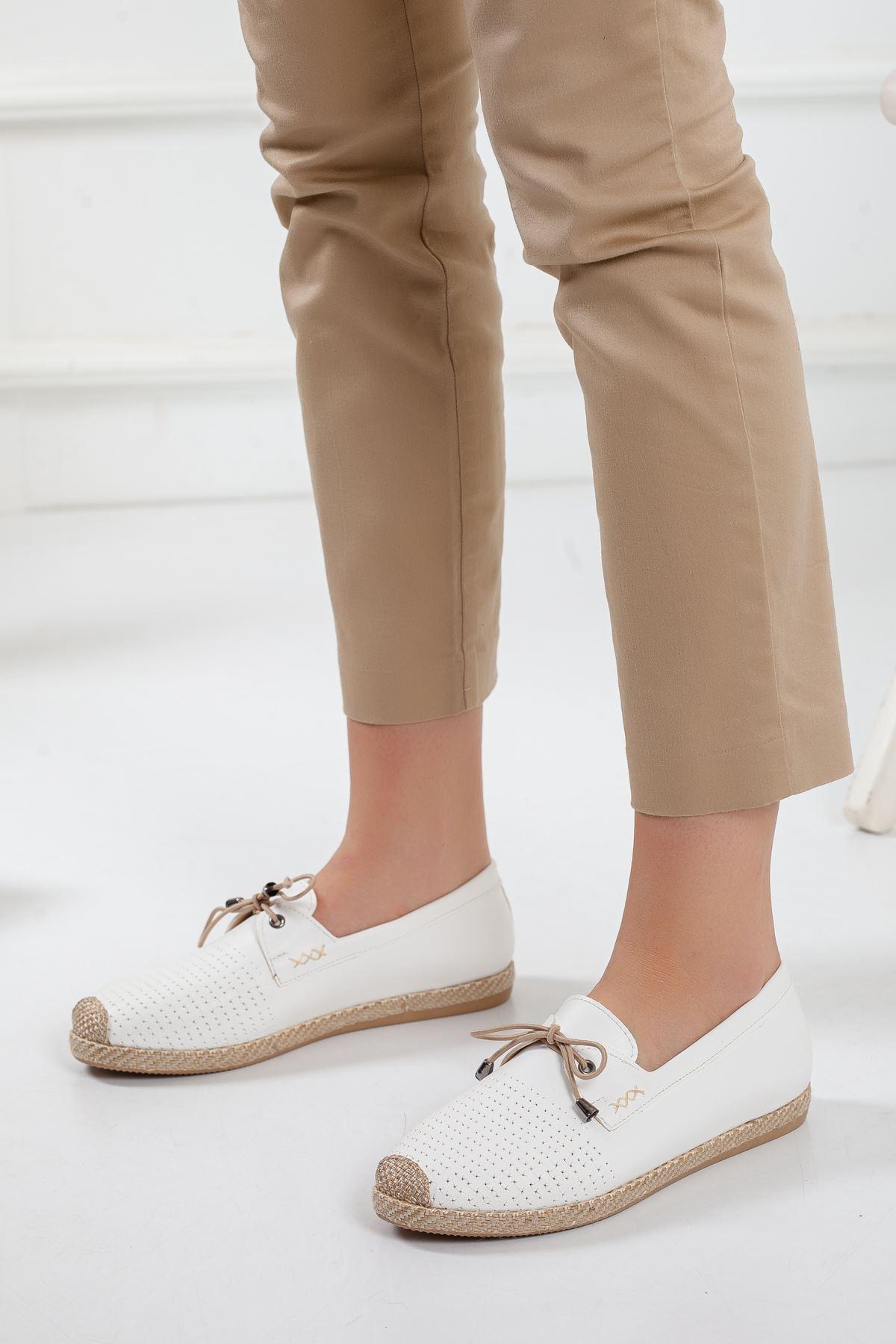 City Babet Ayakkabı BEYAZ